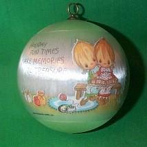 1979 Betsey Clark #7 - NB Hallmark Ornament