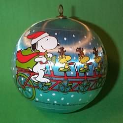 1982 Peanuts Hallmark Ornament