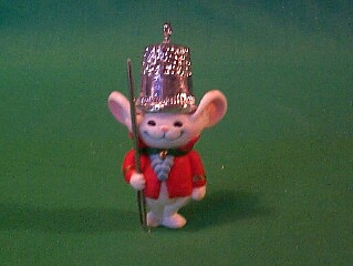 1982 Thimble #5 - Mouse Hallmark Ornament