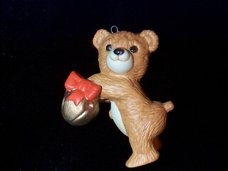 1984 Cinnamon Bear #2 - With Jingle Bell - SDB Hallmark Ornament