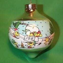 1987 Peanuts - DB Hallmark Ornament