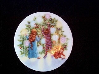 1987 Plate #1 - Light Shines At Christmas Hallmark Ornament