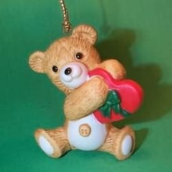 1988 Cinnamon Bear #6 - W Heart Hallmark Ornament