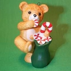 1989 Cinnamon Bear #7 - With Bag Hallmark Ornament