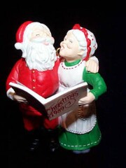 1989 Mr. And Mrs. Claus #4 - Holiday Duet - NB Hallmark Ornament