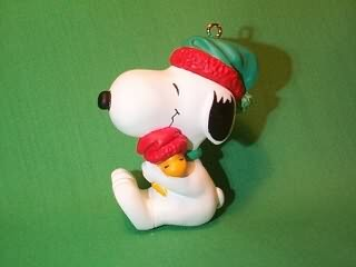 1990 Snoopy And Woodstock - Hug Hallmark Ornament