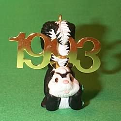 1993 Fabulous Decade #4 - Skunk Hallmark Ornament