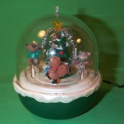 1993 Forest Frolics #5 Hallmark Ornament