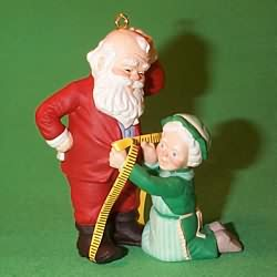 1993 Mr. And Mrs. Claus #8 - Fitting Moment Hallmark Ornament