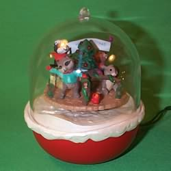 1994 Forest Frolics #6 Hallmark Ornament