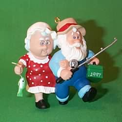1997 Clauses On Vacation #1 Hallmark Ornament