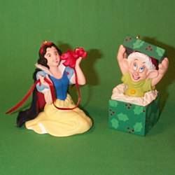 1997 Disney - Snow White Hallmark Ornament