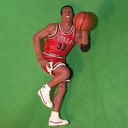 1999 Hoop Stars #5 - Scottie Pippen Hallmark Ornament