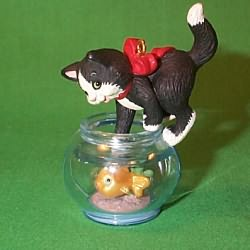 1999 Mischievous Kittens #1 Hallmark Ornament