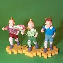 1999 Wizard Of Oz - The Lollipop Guild - MNT Hallmark Ornament