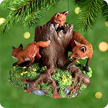 2000 Majestic Wilderness #4f - Foxes Hallmark Ornament