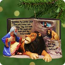 2001 Favorite Bible Stories #3f - Daniel And Lion Hallmark Ornament