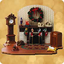2002 Santa's Big Night - Family Room Hallmark Ornament