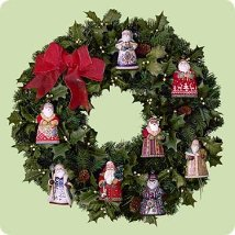 2004 Santa - Display Wreath - NB Hallmark Ornament