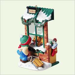 2005 Christmas Windows #3 - Club Hallmark Ornament