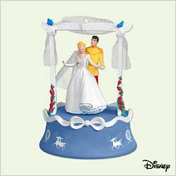 2005 Disney - Cinderella - Wedding Day - SDB Hallmark Ornament