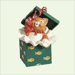 2005 Mischievous Kittens #7 Hallmark Ornament