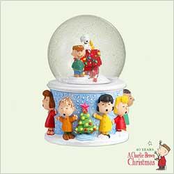 2005 Peanuts - Snow Globe Hallmark Ornament