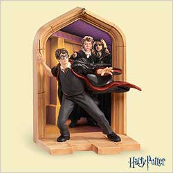 2006 Harry Potter - Creeping - NB Hallmark Ornament