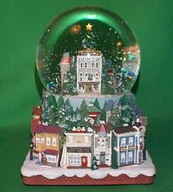 2006 Nostalgic Houses - Snowglobe Hallmark Ornament