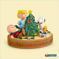 2006 Peanuts - Deck The Halls - SDB Hallmark Ornament