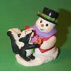 2006 Snow Buddies #9 - Skunk - Colorway Hallmark Ornament