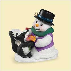 2006 Snow Buddies #9 - Skunk Hallmark Ornament