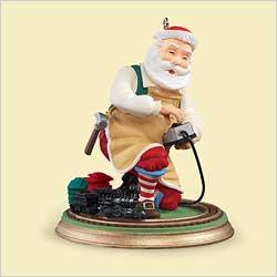 2006 Toymaker Santa #7 Hallmark Ornament