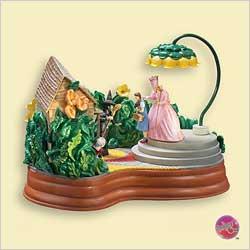 2006 Wizard Of Oz - Tt - I'll Get You My Pretty - SDB Hallmark Ornament