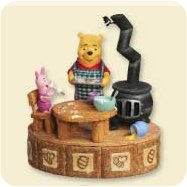 2007 Winnie The Pooh - Making Sweet Rememberies - SDB Hallmark Ornament