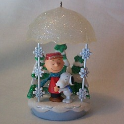 2008 Peanuts - Christmas Hug - Club Hallmark Ornament