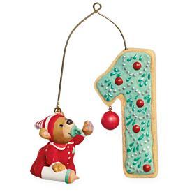2009 Baby's 1st Christmas - Age Hallmark Ornament