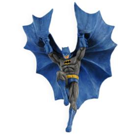 2009 Batman - Descending Upon Gotham Hallmark Ornament