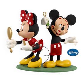 2009 Disney - Mistletoe Mickey Hallmark Ornament