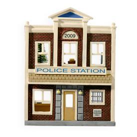 2009 Nostalgic Houses #26 - Korners Police Station Hallmark Ornament