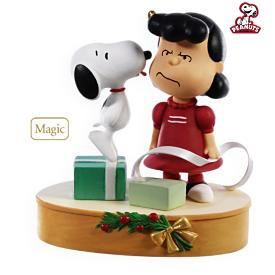 2009 Peanuts - Kissed By A Dog Hallmark Ornament