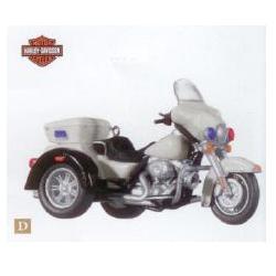 2010 Harley Davidson -2009 Tri Glide Ultra Classic Hallmark Ornament
