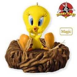 2010 Looney Tunes - I Tawt I Taw A Puddy Tat Hallmark Ornament
