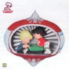 2010 Peanuts - 60 Years Of Suite-ness Hallmark Ornament