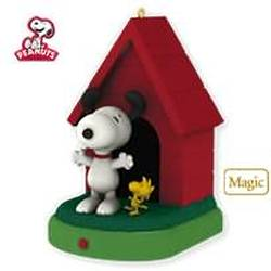 2010 Peanuts - In The Groove Hallmark Ornament
