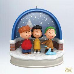 2011 Peanuts - Ho! Ho! Ho! Tasty Snow! Hallmark Ornament