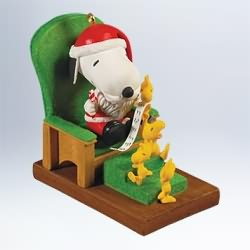 2011 Peanuts - Snoopy Claus Hallmark Ornament