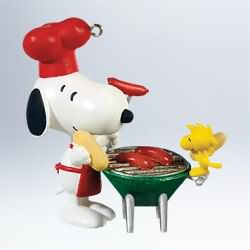 2011 Spotlight On Snoopy - Grill Master Snoopy #14 Hallmark Ornament