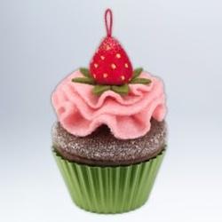 2012 Christmas Cupcake #3 - Berry-licious Hallmark Ornament