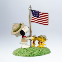 2012 Peanuts - Beagle Scout Salute Hallmark Ornament